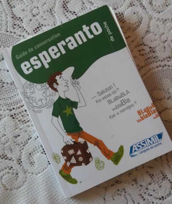Esperanto De Poche di Assimil, in base francese: ideale per iniziare ad imparare l'esperanto