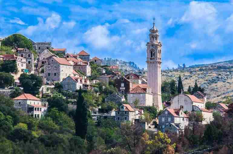 Imparare il croato, isola di Brac, Croazia