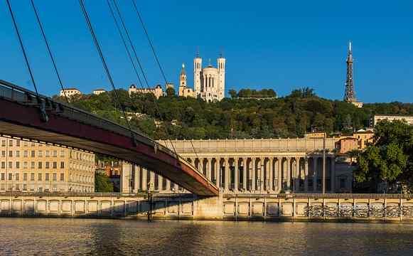 Examenes oficiales de idiomas: Lyon