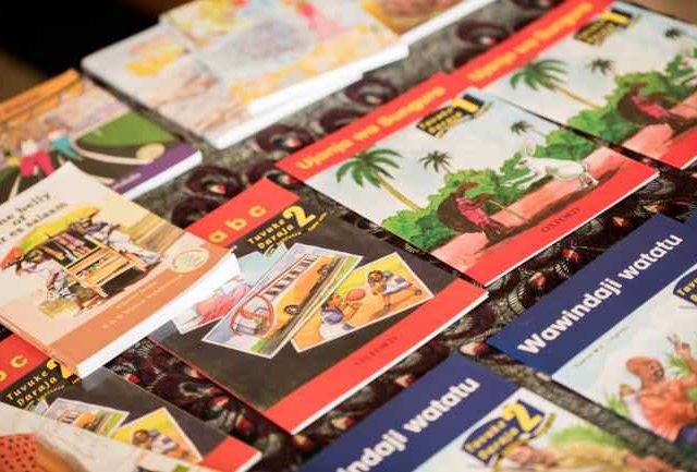 Aprender swahili: libros en quiosco
