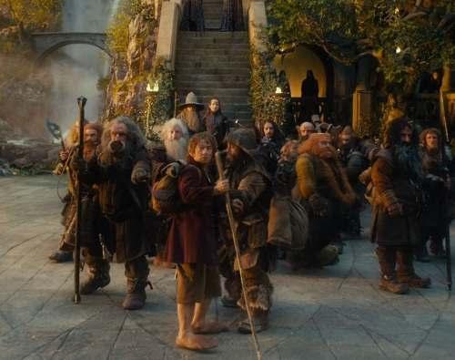 Thorin alertando de la llegada de los elfos.